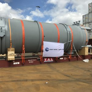 A gigantic boiler from Rotterdam to Singapore